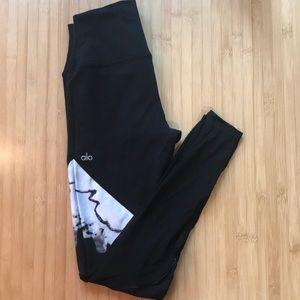 ALO Yoga Pants - Alo high waisted legging